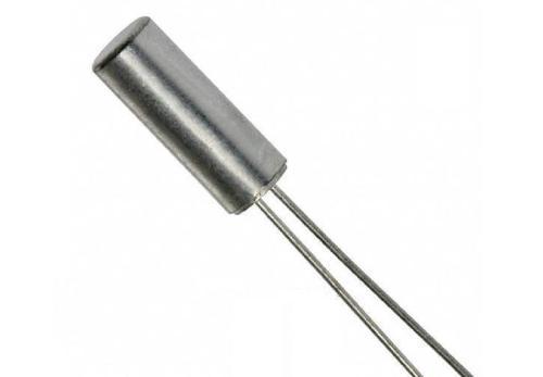 圆柱体晶振 38 32.768KHZ 12.5PF 10PPM DIP Φ3mm*8mm